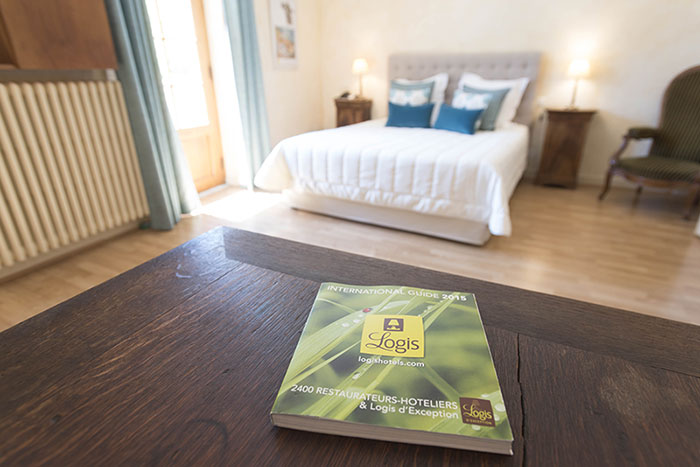 Stay in a hotel<br /> filled with charme in Drôme